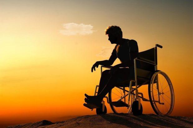«Страшно думать о будущем»: как выживают инвалиды в России