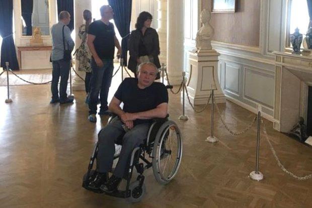 Инвалид-колясочник проехал на автомобиле от Новосибирска до Севастополя