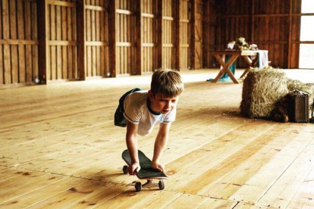Максим Абрамов самый известный питерский скейтбордист