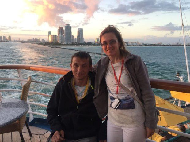 С супругой отплывают на Лайнере от берега Майами (Флорида, США)
