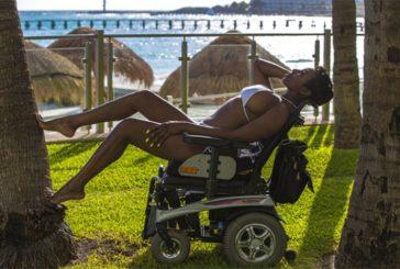 Клара Холмс: Я - это не мое инвалидное кресло!