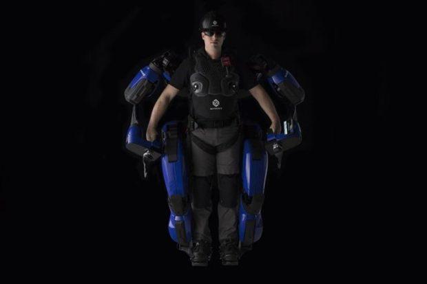 Тяжелый экзоскелет Guardian XO превратит человека в супермена
