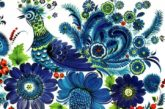 Наталья Николенко рисует картины с петриковской росписью