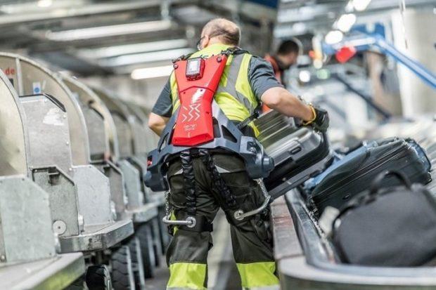 Экзоскелеты аэропорту Штутгарта