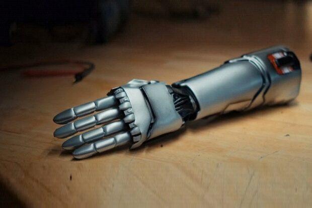 Бионическая рука из Cyberpunk 2077