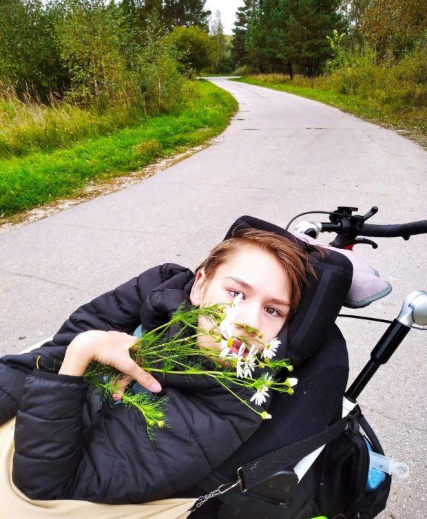Лиза Мониава - Жить наравне со всеми, а не получать милостыню