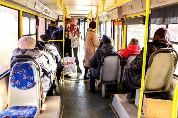 взыскала с перевозчика 150 тысяч за падение в автобусе в Волгограде