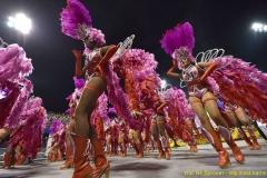rio-de-zhaneyro-karnaval-2016-feeriya-zhizni-krasok-seksa-tantsev